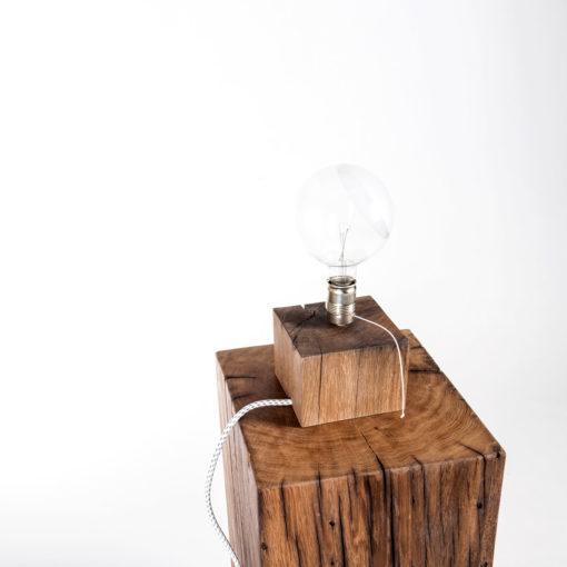 Lampe BALDUR auf Hocker HAYMO, JK. Designermöbel