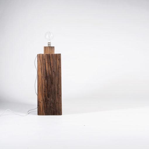 Lampe BALDUR und Sockel/Bank TILO, JK. Designermöbel