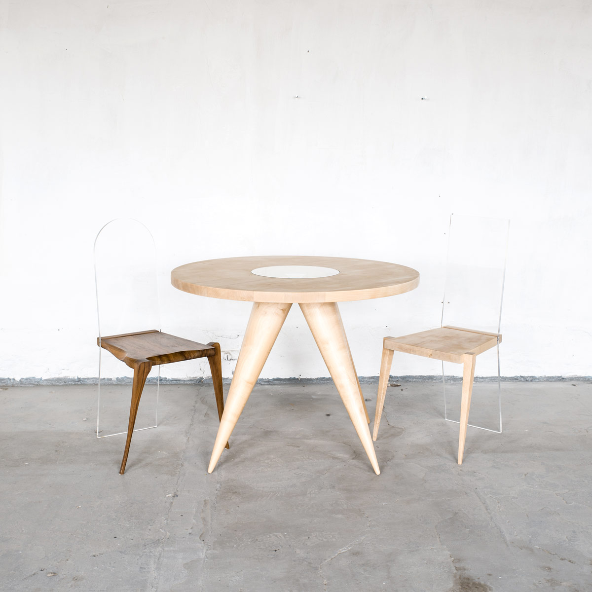 Stuhl KALLISTUS, Stuhl FIDELIS, Tisch MARIKEN, JK. Designermöbel