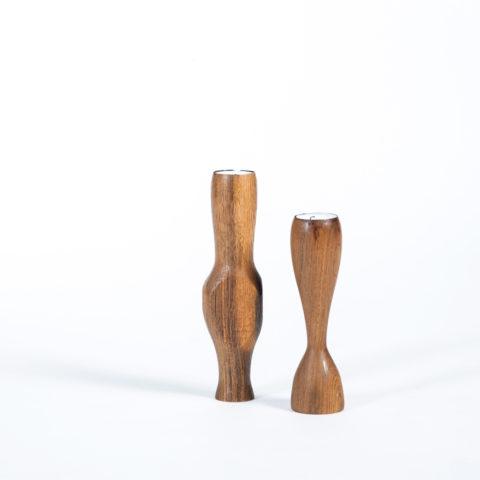 JK. –Kerzenständer ALEIDIS (Frau & Mann)